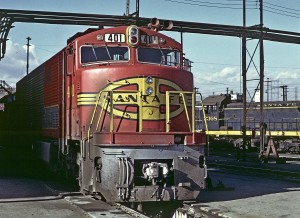THE 401 IS A RARE  G.E. BUILT AT&SF PASSENGER LOCOMOTIVE.